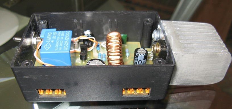 Power Supply built into small project box